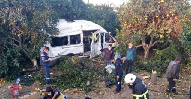 Tarım işçilerini taşıyan servis aracı kaza yaptı: 9 yaralı