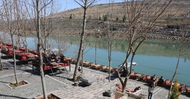 Yasaksız ilk haftada Diyarbakır çevre illerden de akına uğradı