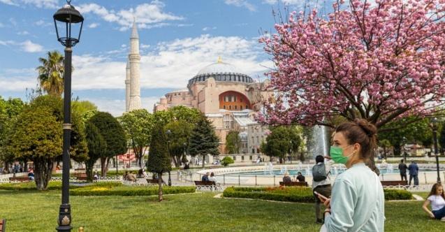 İstanbul'a gelen turist sayısı yüzde 45 arttı