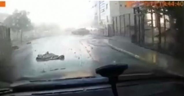 Pendik'te metro inşaatındaki patlama araç kamerasına yansıdı