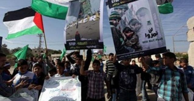 Ürdün halkı, Filistin sınırına koşarak İsrail'i protesto etti