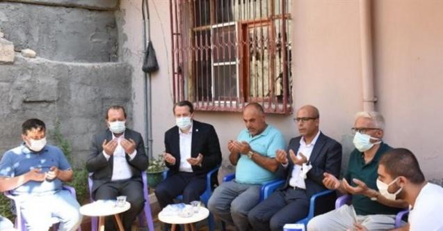 Ali Yalçın, hayatını kaybeden öğretmenin ailesini ziyaret etti