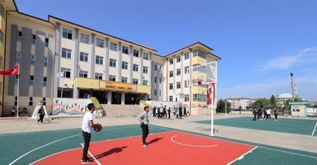 Başiskele'de okullar yenileniyor