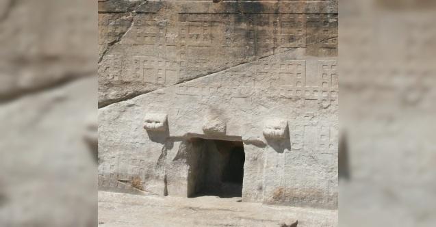 Maltaş Anıt Abidesi'nin gizemi içindeki 'niş'te saklı
